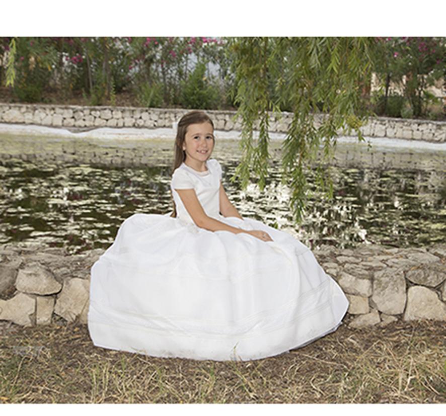 comuniones-reportaje-dia-de-comunion-en-oliva-_estudio-fotografico_fotohfotografia-16