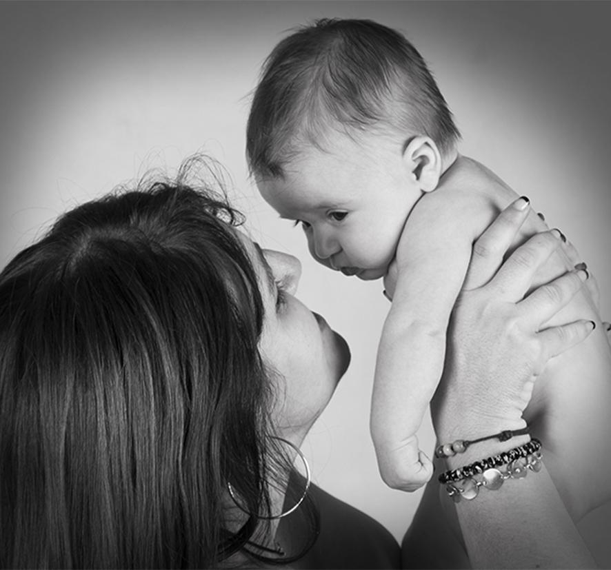 foto-bebe_fotofotografia_foto-de-bebe-_estudio-de-bebes-en-oliva-4